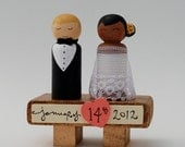 Custom Wedding Couple WITH Wooden Stand