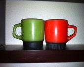 Set of 2 Vintage Mismatched Fire King Stackable Coffee Mugs