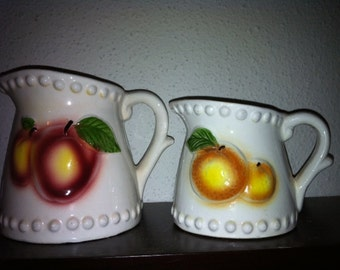 Cute Vintage Pitcher Shaped Measuring Cups