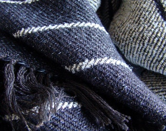 Handwoven Men's Scarf in Oatmeal and Black
