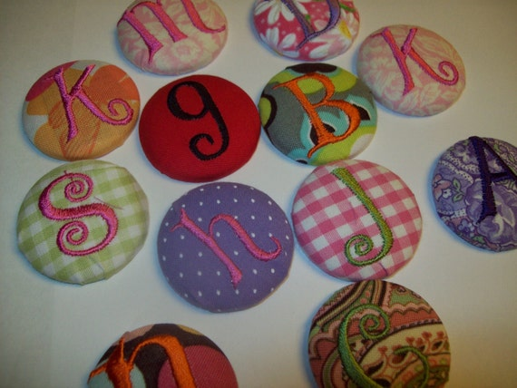 2 MONOGRAMMED BUTTONS INTERCHANGEABLE size 60 with velcro (or 5 buttons for 19.99 free shipping us only)
