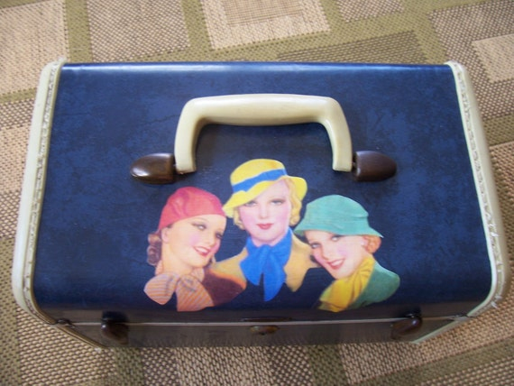 vintage upcycled make up train  case blue with retro gals