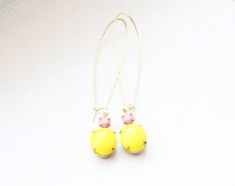 Vintage Pink Lemonade Glass Cabochon Earrings, Yellow Set Stone Earrings, Colored Stone Earrings, Rhinestone Earrings, Bezel Earrings