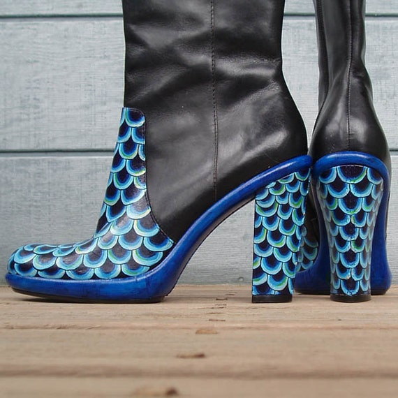 Electric Eel hand-painted boots W8.5