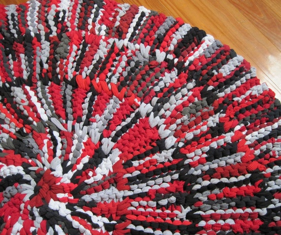 T Shirt Rug Circular Rag Rug Crimson Red Black Gray Cotton Nursery Office Modern Rustic 43 in diameter  -- US Shipping Included