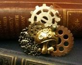 Brassy Antiqued Mushroom Filigree and Gears Steampunk Pin
