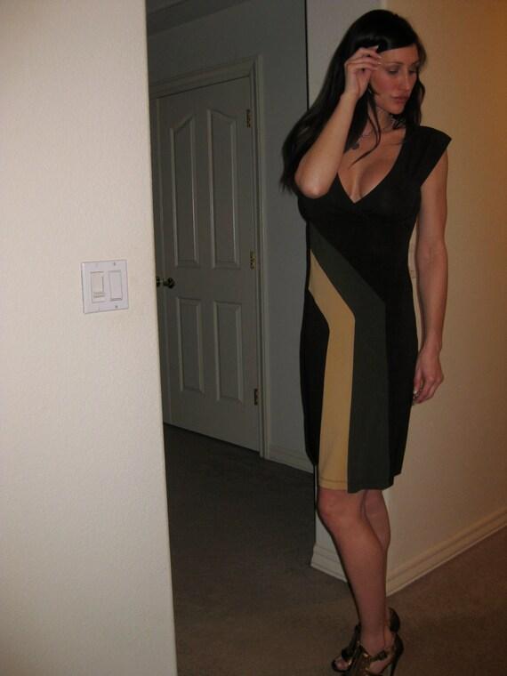 BCBG MAXAZRIA Color Blocked Faux Wrap Dress