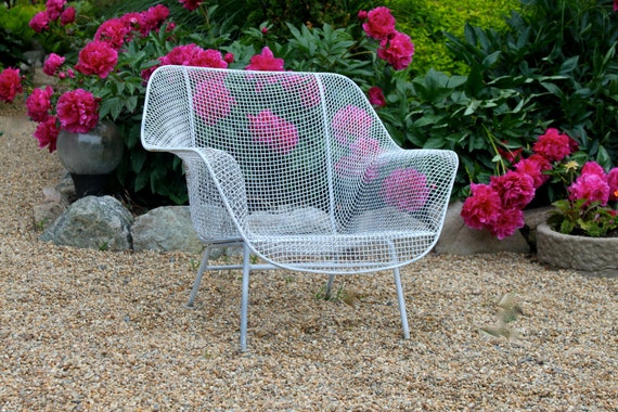Vintage wire patio chair - Mid century decor