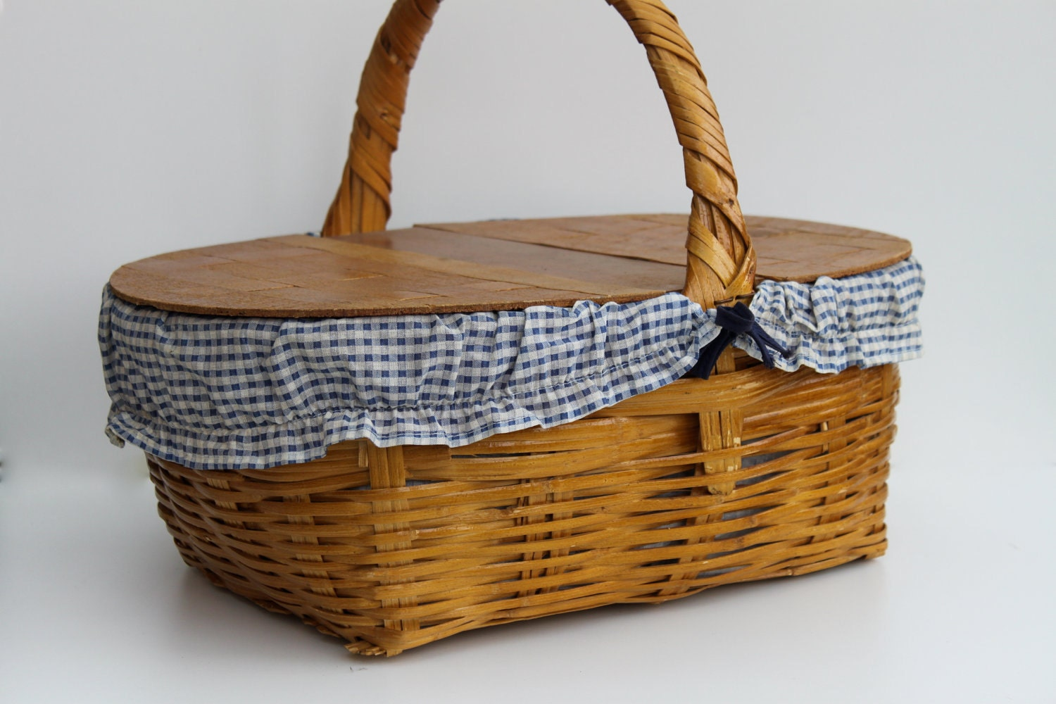 Vintage Wicker Picnic Basket With Wood Double Lid Free