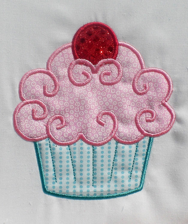 Fancy cupcake embroidery design machine by theappliquediva