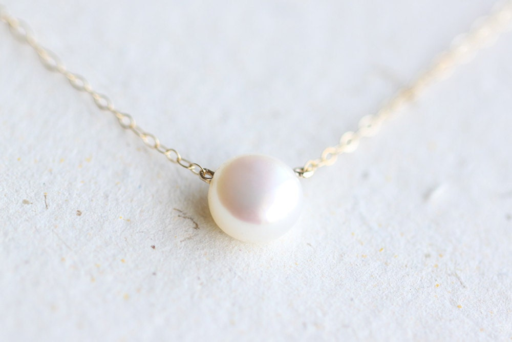 White Pearl Necklace p...