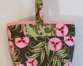Small handbag in green and pink floral print