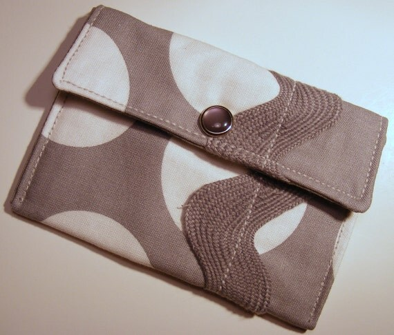 Card wallet / gift card holder in gray and white polka dot print with jumbo ric rac