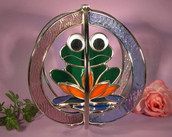 Stained Glass Freddie Frog on a Lily Pad in a Whirl