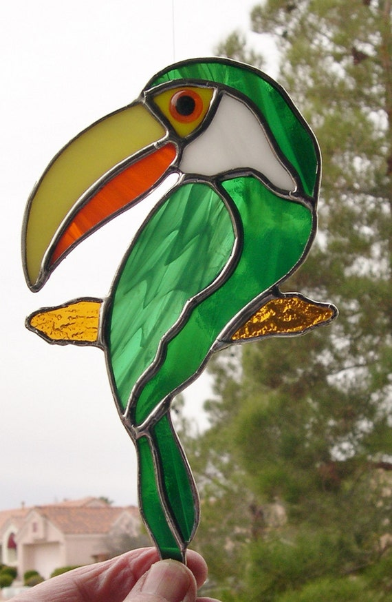 Stained Glass Toucan Bird  (449)