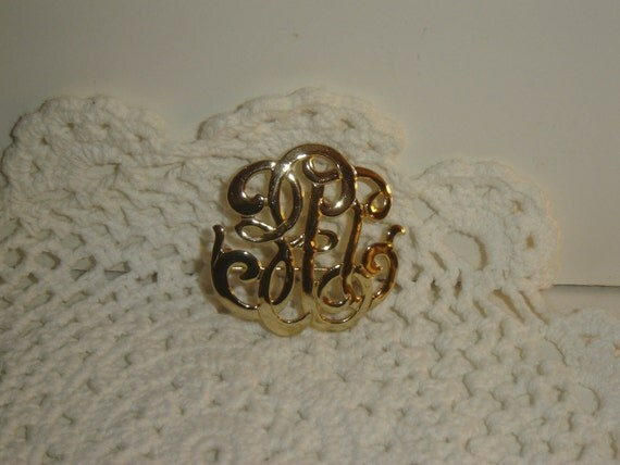 RESERVE LISTING for Brandi  Vintage scroll, initial-type goldtone pin/brooch, gift, ready to ship