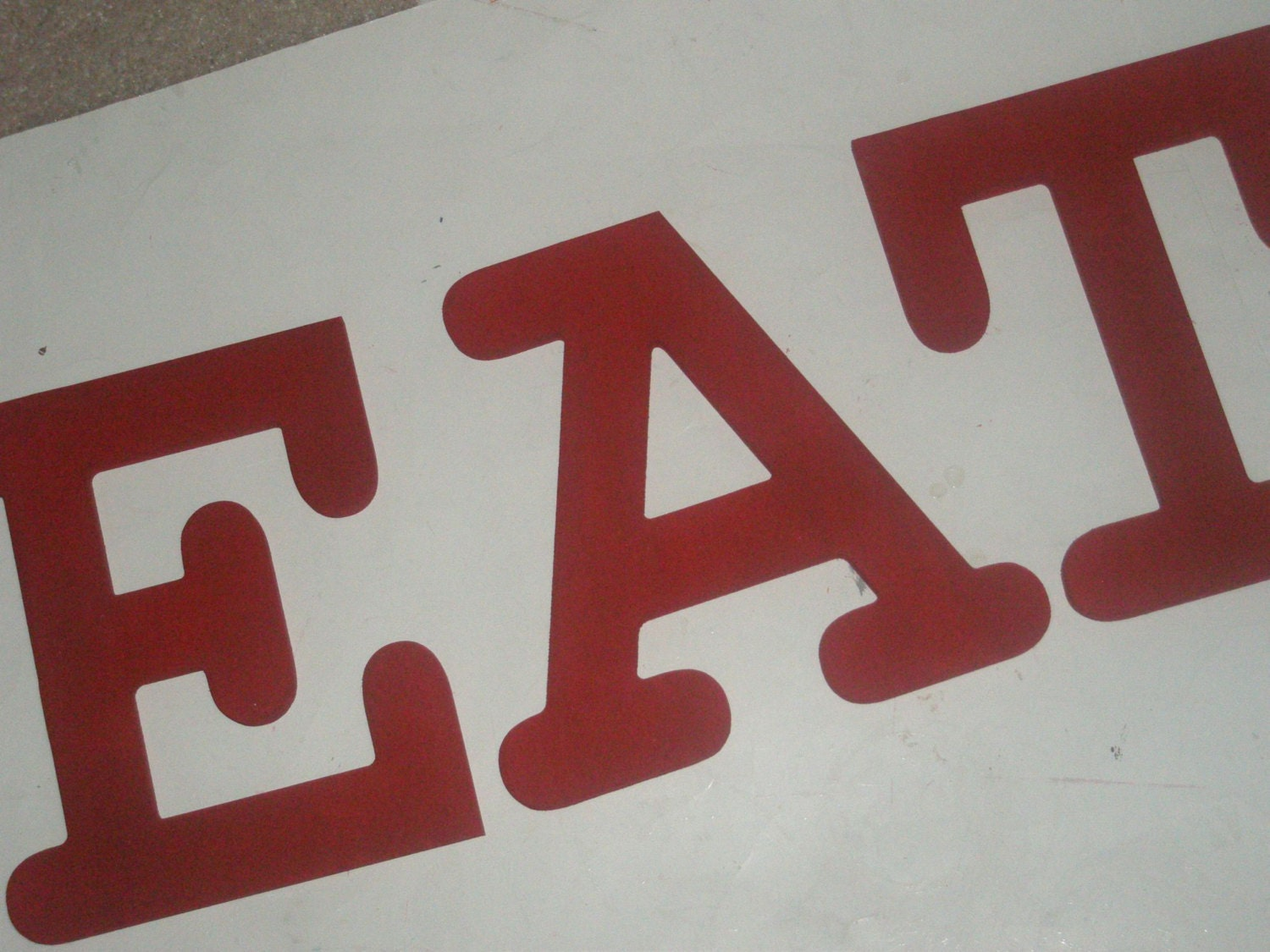 Eat kitchen decor hand painted wooden wall letters red for Kitchen letters decoration