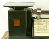 Vintage Forest Green 1970s Triner Air Mail Scale 4lb Postal Scale