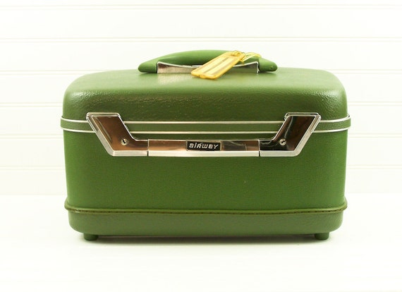 Vintage Olive Green Train Case Airway Makeup Case Overnight Case Luggage Suitcase