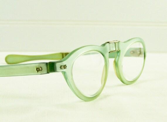 1950s Cat Eye Glasses in Pearl Blue Green Folding