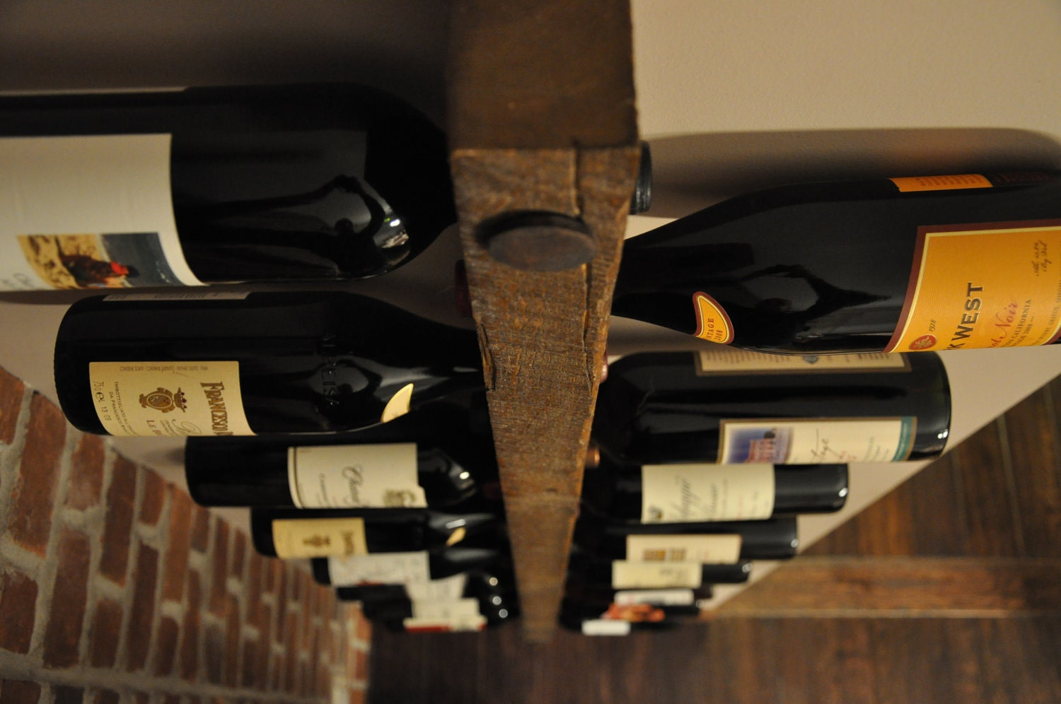 Tuscan wine rack 16 bottle ladder by vetrinadelvino on etsy for Portabottiglie vino fai da te