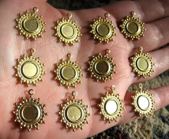 Brass Dotted Burst Bezel Settings - 12 - Destash