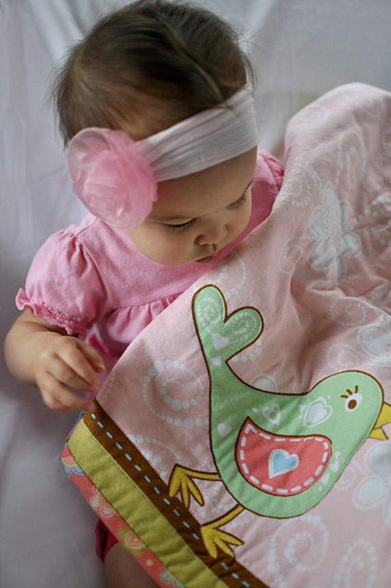 Baby Quilt. Sweet Baby Birdy Quilt. Handmade and READY to SHIP