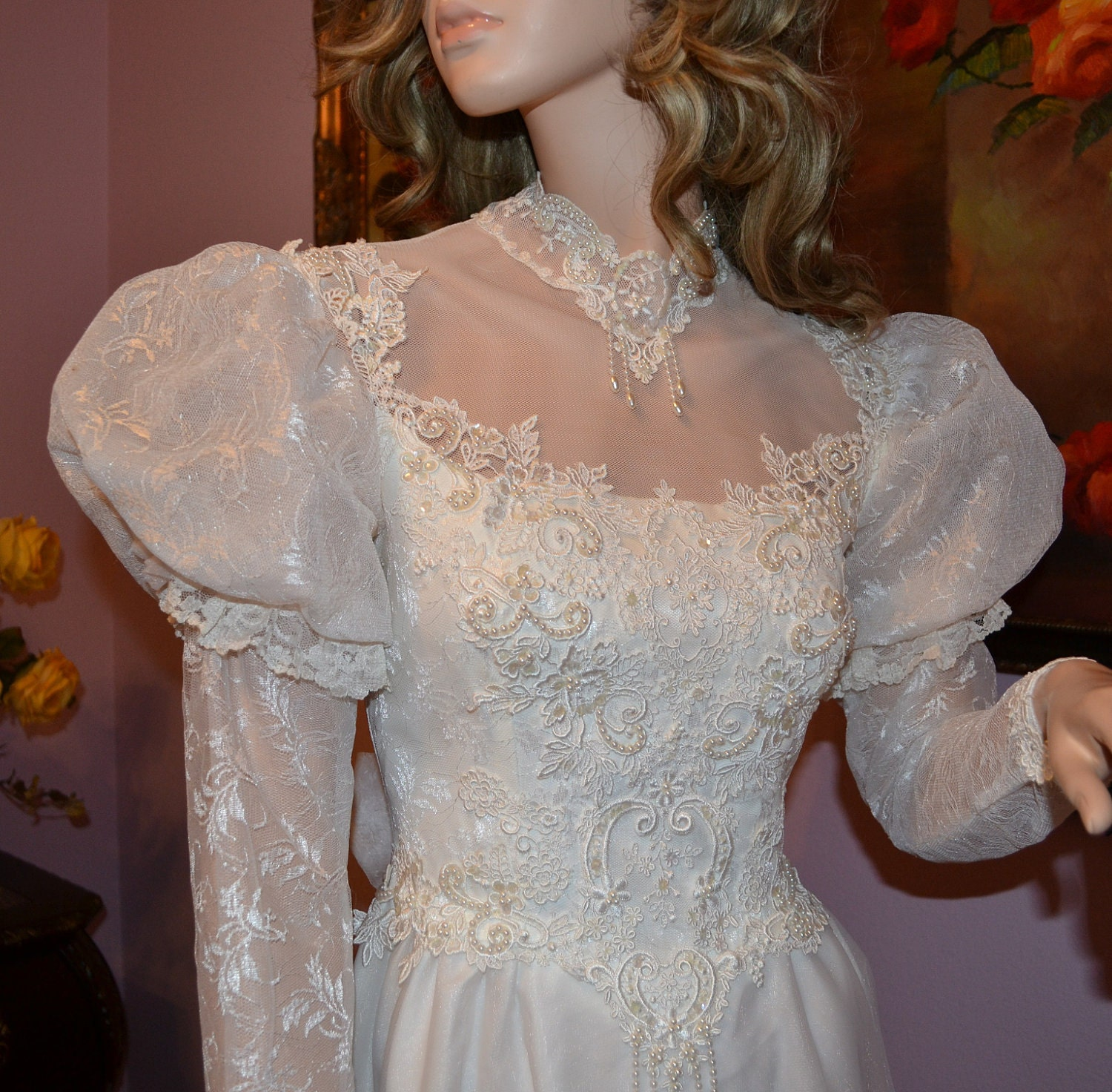 Vintage 1970 Or 1980 Wedding Dress Beautiful Bridal Lace