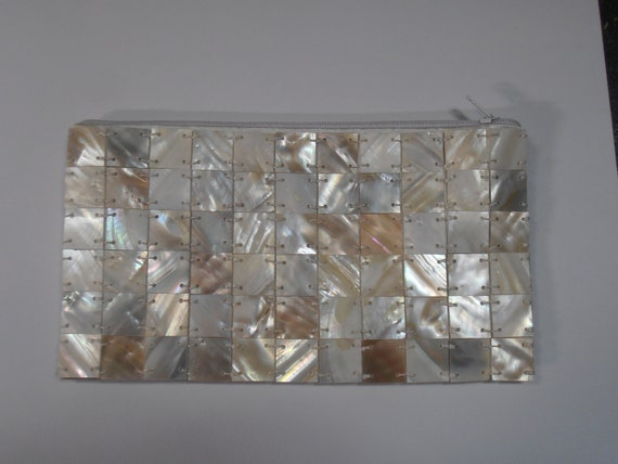 Vintage Mother of Pearl Evening Bag / Purse/ clutch  from the 1950's  Excellent condition