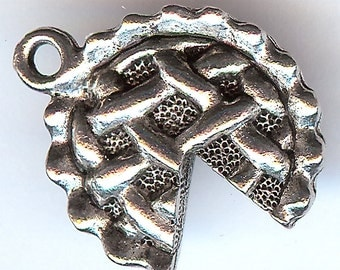 LATTICE TOP Pie Charm. Pewter. 3D. Hollow on the Back. Made in the USA.