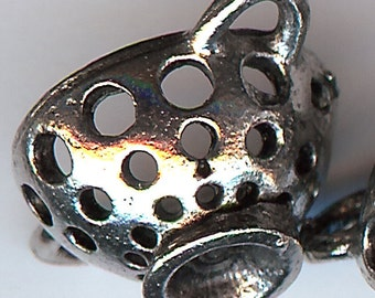 COLANDER Charm. Pewter. 3D. Collander. Strainer. Made in the USA.