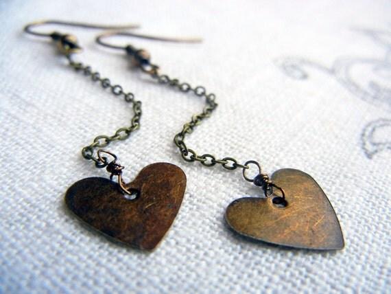 LAST PAIR. Petite heart earrings - vintage brass hearts & chain, simple jewelry