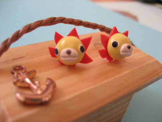 One PieceThousand Sunny post earrings