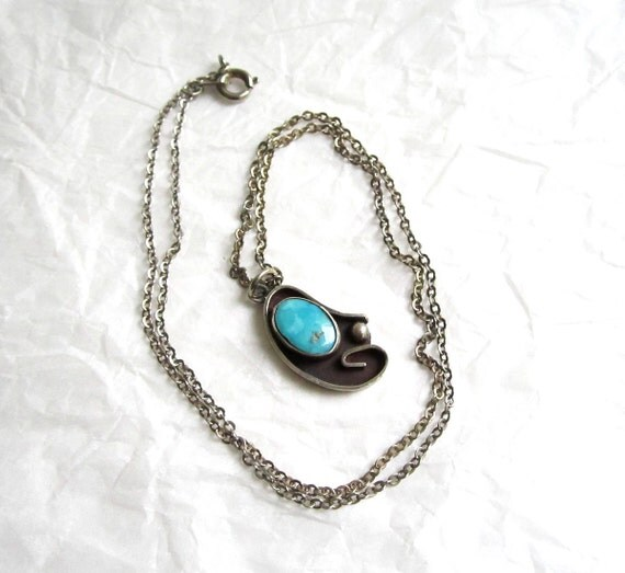 Vintage Turquoise Sterling Southwest Navajo style Necklace