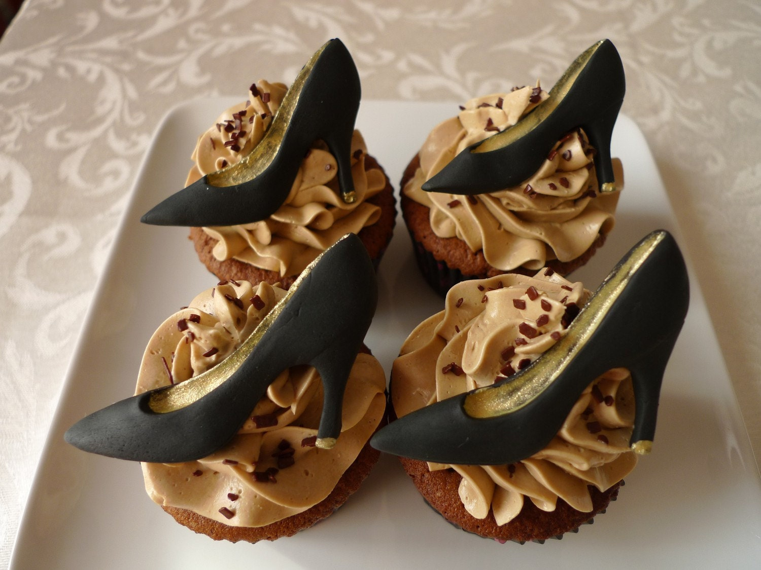 24 edible fashion heels cupcake toppers custom by thecakebee