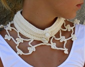Romantic off white neck warmer