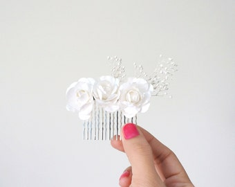 Romantic Bridal, Bridesmaid, and Flower Girl Hair Comb- White Roses