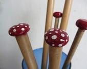 Red Polka Dot - Mushroom Hand painted knitting needles - 9mm