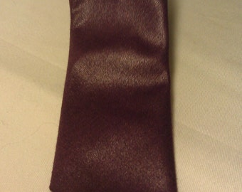 1970s Polyester Plum Men's Classic Skinny Tie