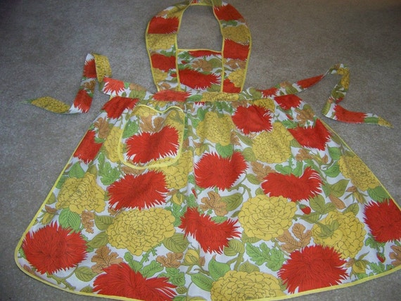 Vintage Bib Apron Retro Gold and Orange Mums and Dahlia Flowers