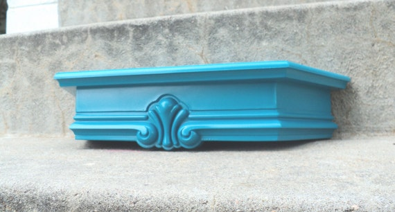 Sweet Pecock Blue Display Shelf
