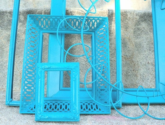 Scrolly Blue Picture Frame Set