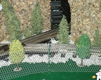 CRAFT SUPPLIES - Miniature FENCE / Chain Link Fence with Posts