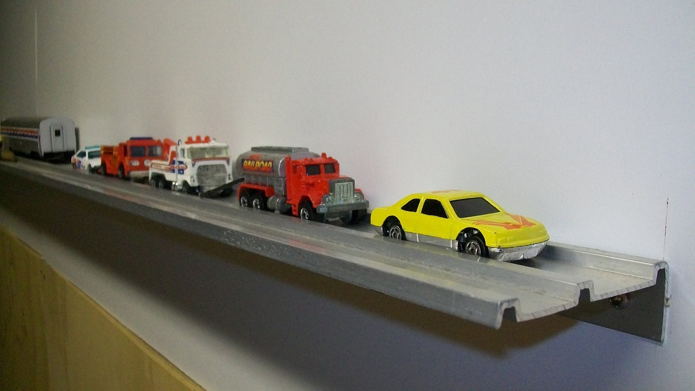 Storage shelves for tiny houses sheds garages matchbox - Small space storage shelves model ...