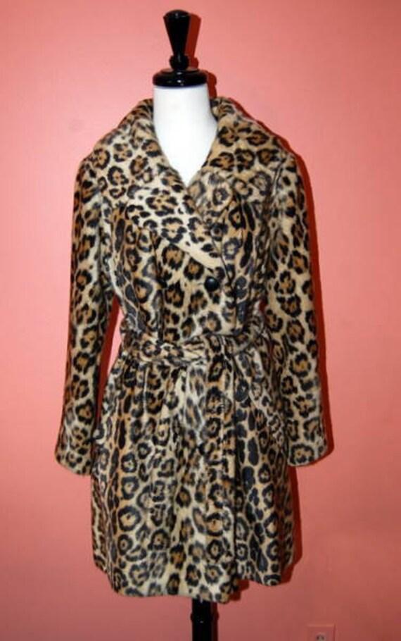 Vintage 1960s Leopard Animal Print Faux Fur Coat