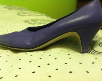 CLEARANCE // vintage purple heels // women's size 7