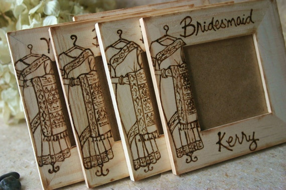 Personalised Indian Wedding Gifts : Indian Wedding Bridal Party Gift Set of 4 for Ethnic Hindu Wedding ...
