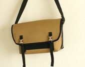 Medium DSLR Messenger Camera Bag with Metal Fasteners - 5 exterior colors - Amber
