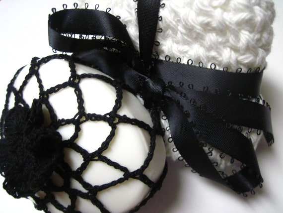Soap in Crochet Flower Cover with 2 Wash Cloths - Black