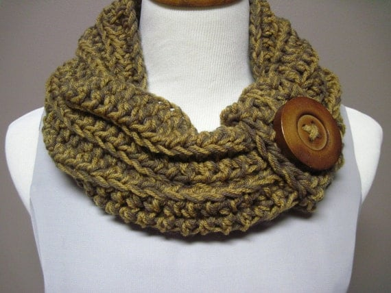 Chunky Bulky Button Crochet Cowl:  Brown and Dark Camel with Button